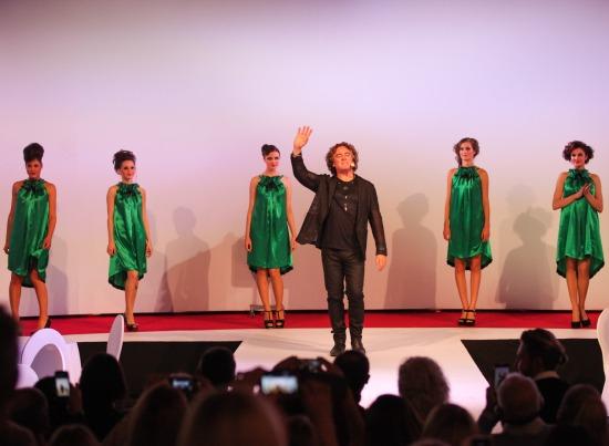 """Leģendārais garo matu guru PATRIKS KAMERONS no Londonas viesojas Rīgā un prezentē savu kolekciju """"Session""""."""