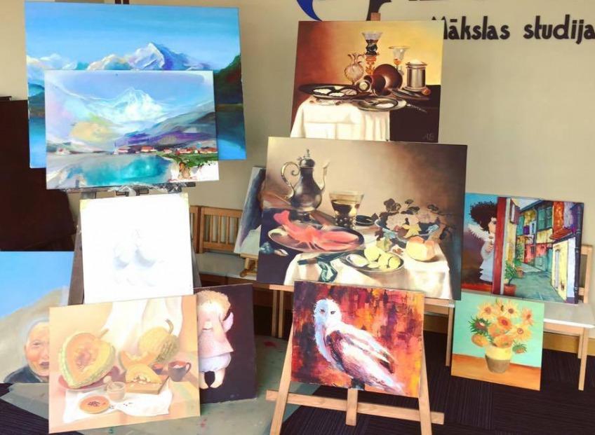 Вернисаж 2017. Выставка-продажа авторских работ преподавателей и учеников художественной студии IZO Art