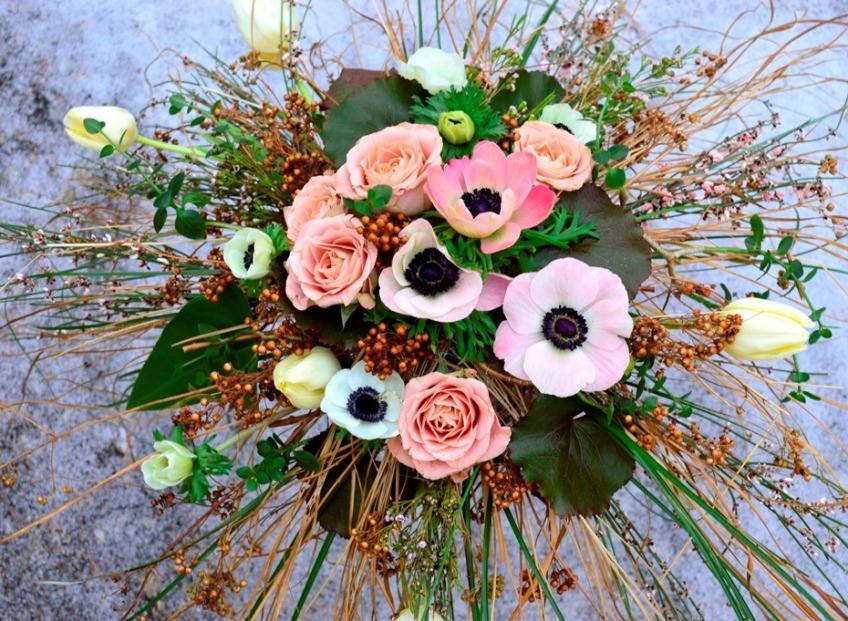 Ощути весну в цветочных композициях и  декорах невест!