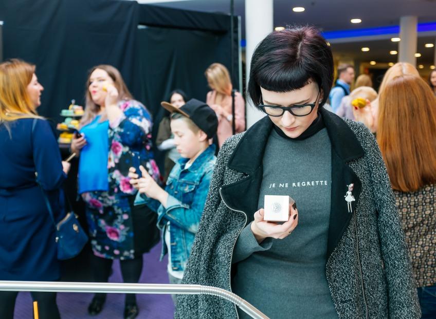 Блогеры на элегантном бранче ознакомились с новинками по уходу за руками немецкого бренда <b>alessandro International</b>