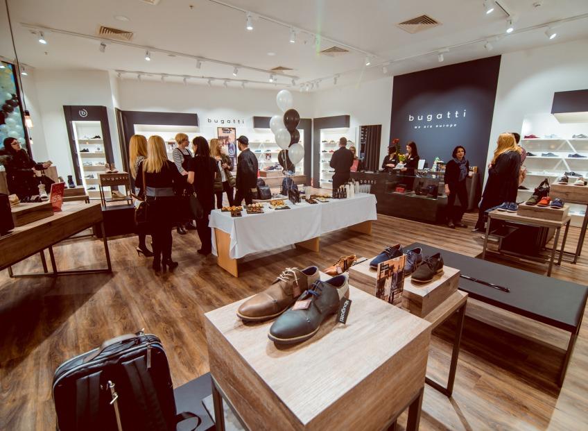Tirdzniecības parkā ALFA tika atvērts pirmais Baltijā apavu veikals bugatti shoes