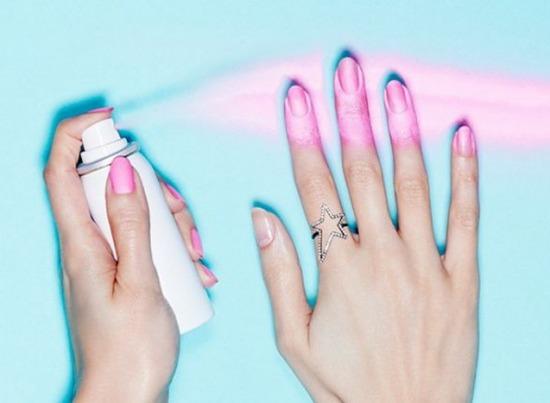 Новинки:  первый лак-аэрозоль для ногтей от Nails Inc, линейка масел Kérastase Elixir Ultime и аромат Marc Jacobs — Decadence