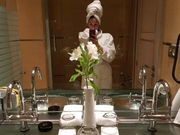 Случайное открытие –  <b>L'Occitane Вербена на липовой воде</b>.  <i>Жаль, что не украла пару флаконов в отеле...