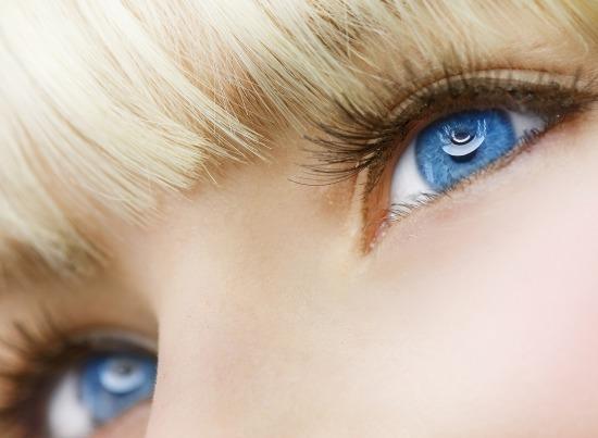 Руководство как правильно ухаживать за кожей вокруг глаз