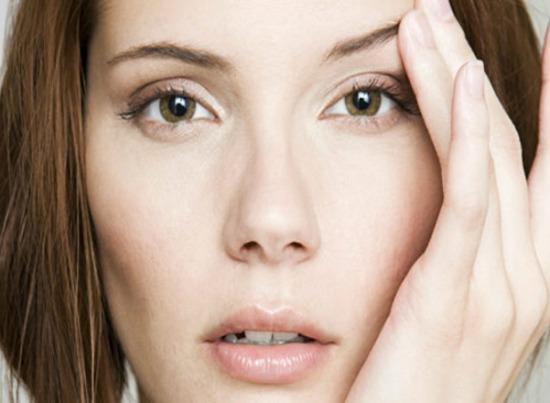 Морщины вокруг глаз, темные круги, мешки, грыжи: самые эффективные способы омоложения